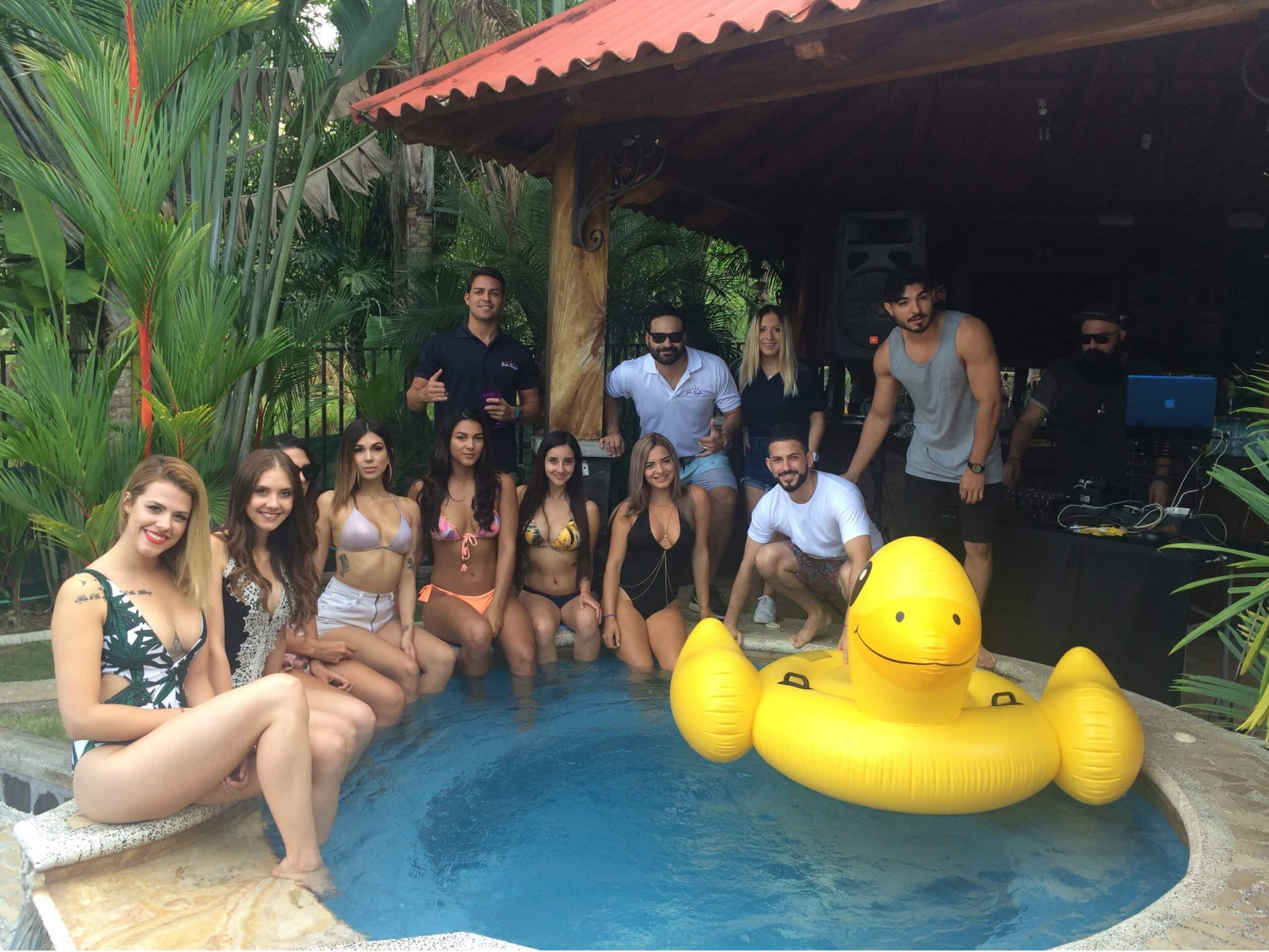 Royale Pool Party
